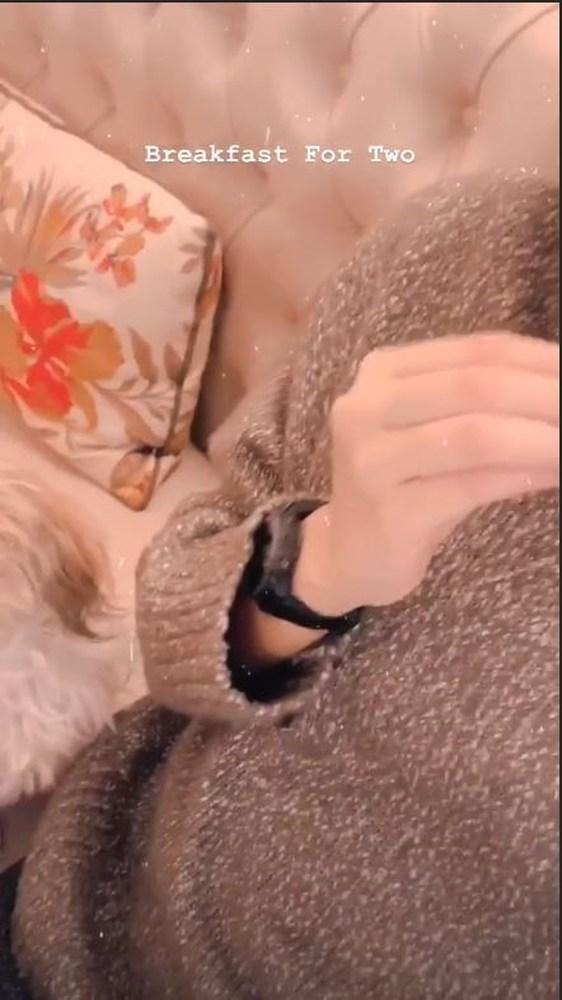 Η Νικολέττα Ράλλη μας δείχνει τη φουσκωμένη της κοιλίτσα! (φωτο)