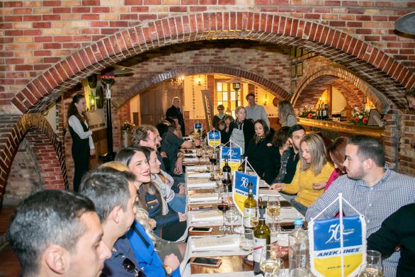 Επετειακή πίτα για την Euroline Σ. Μπακολιάς - Anek lines! (φωτο)