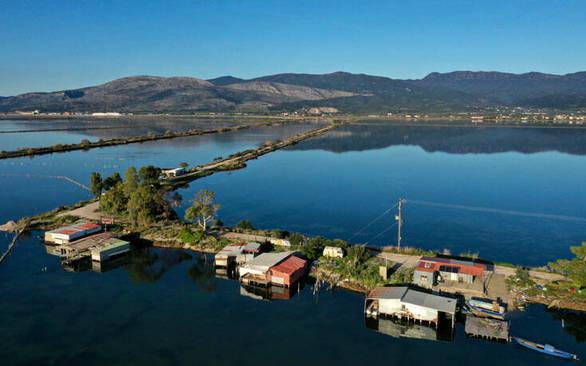 Η λιμνοθάλασσα του Μεσολογγίου από ψηλά - Εικόνες που σε ταξιδεύουν (pics)