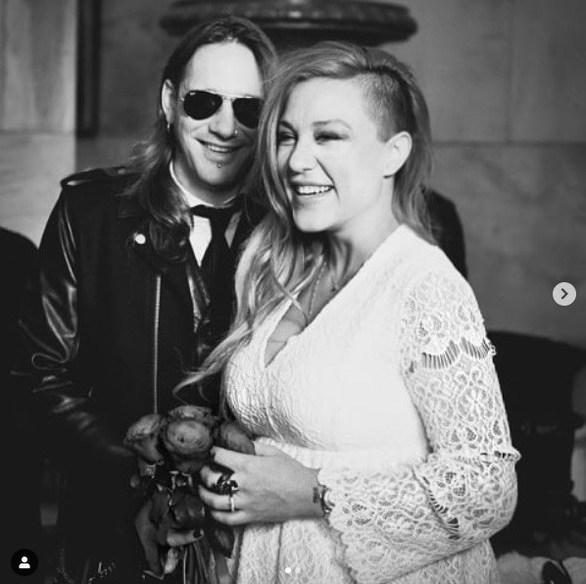 Η Πηνελόπη Αναστασοπούλου κοινοποίησε φωτογραφίες από το γάμο της!