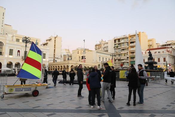 Το Πατρινό Καρναβάλι συνάντησε το Ναυταθλητισμό σε μια ιδιαίτερη εκδήλωση! (pics)