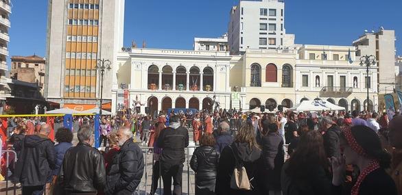 Πάτρα: O Kρυμμένος Θησαυρός σκόρπισε κέφι και χαμόγελα στην Πλατεία Γεωργίου! (φωτο)