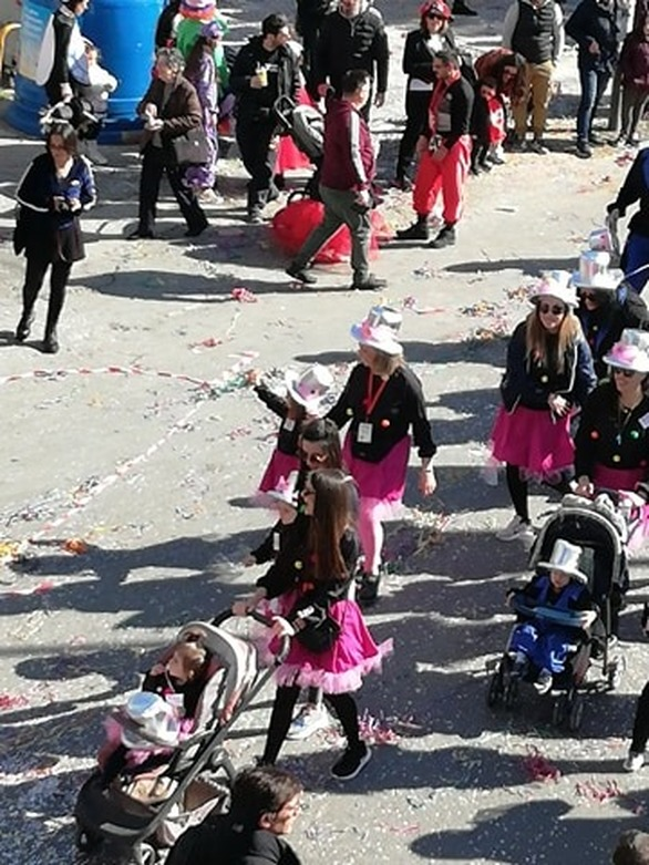 Πάτρα - Το Καρναβάλι με πρωταγωνιστές τα παιδιά (φωτο)