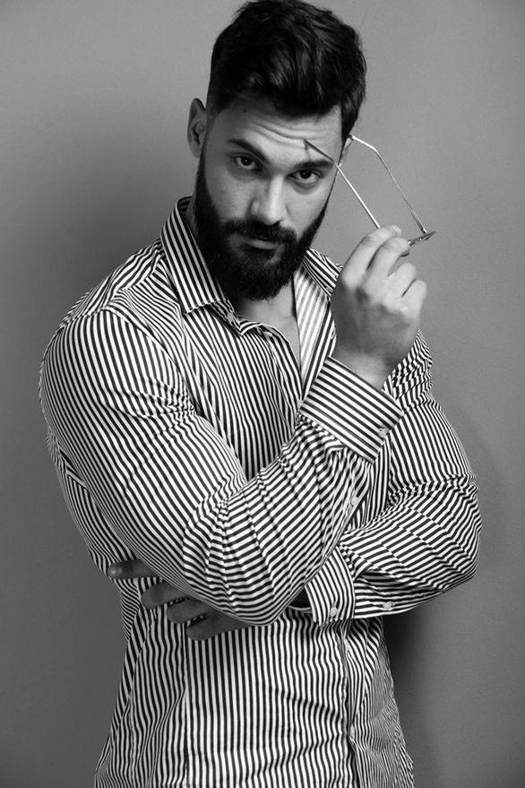 Νίκος Αντωνόπουλος - Ο φοιτητής Αρχαιολογίας από τον Πύργο που μοιάζει με αρχαίο θεό (pics)