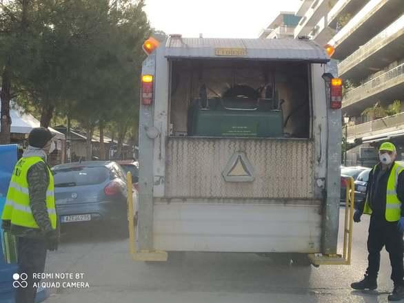 Πάτρα: Την απολύμανση δημόσιων χώρων - κτιρίων και το πλύσιμο των κάδων συνεχίζει ο δήμος (φωτο)