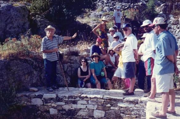 Η Οικολογική Κίνηση Πάτρας τιμά και πενθεί το Μανώλη Γλέζο