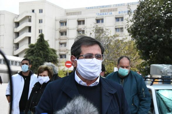 Πάτρα: H Δημοτική Αρχή στο πλευρό των εργαζομένων της δημόσιας υγείας (φωτο)