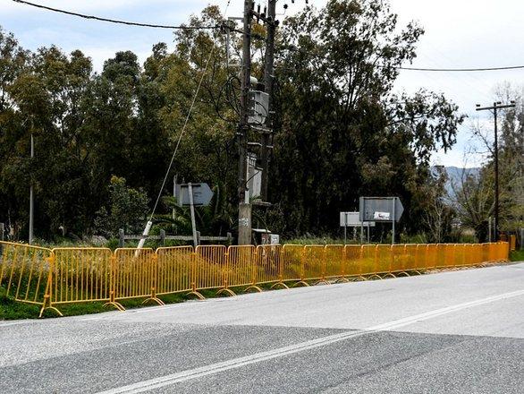 Κορωνοϊός - Πάτρα: Κάγκελα παντού σε Νότιο Πάρκο και Πλαζ (φωτο)