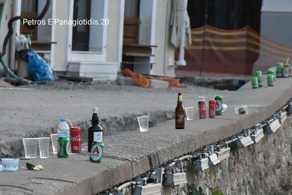 Μπύρες, αποτσίγαρα και σκουπίδια στο λιμανάκι της Ναυπάκτου (φωτο)