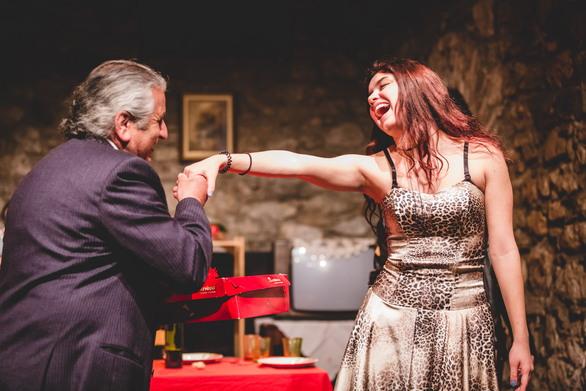 """Πάτρα - Το """"Ρεφενέ"""" παρουσιάζει τη σουρεάλ κωμωδία """"La Nona""""!"""
