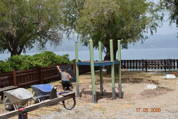 Αχαΐα: Ετοιμάζουν σύγχρονη και πιστοποιημένη παιδική χαρά στον Ψαθόπυργο (φωτο)