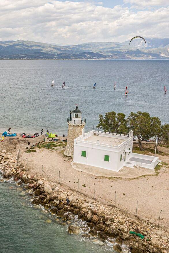 Σημείο αναφοράς και φέτος το Δρέπανο στο καλοκαίρι της Πάτρας (φωτο)