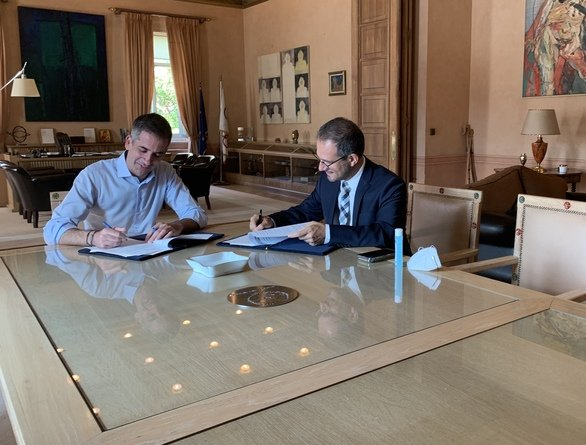 Συνεργασία Δήμου Αθηναίων - ΔΕΔΔΗΕ για εγκατάσταση Φ/Β συστημάτων σε σχολικές μονάδες