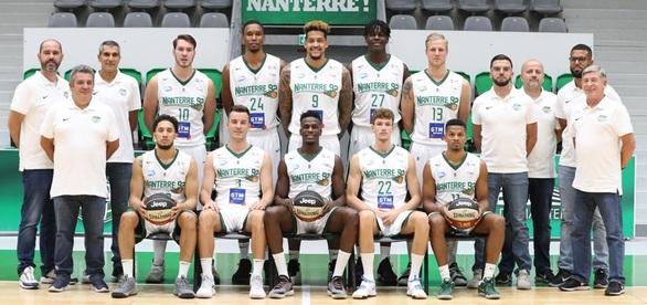 H Nanterre 92, εδρεύει στην Ναντέρ της Γαλλίας, ένα δυτικό προάστιο του Παρισιού. Ιδρύθηκε το 1927 ως και αγωνίζεται με χρώματα το άσπρο και το πράσινο. Έχει κατακτήσει 1 Πρωτάθλημα (2013), 2 Κύπελλα (2014 και 2017) και 2 Super Cup Γαλλίας. Επίσης, έχει κατακτήσει 1 FIBA Europe Cup το 2017 και 1 FIBA EuroChallenge το 2015.  Kατά την αγωνιστική χρονιά 2018-19 κατέλαβε την 4η θέση στο Πρωτάθλημα Γαλλίας, αφού, τελείωσε την κανονική περίοδο στην 4η θέση με 23 νίκες και 11 ήττες και αποκλείστηκε στα ημιτελικά των play-off με 0-3 από την πρωταθλήτρια ASVEL Lyon-Villeurbanne. Στην Ευρώπη συμμετείχε στο Basketball Champions League, όπου προκρίθηκε ως 3η από το Group B με 8 νίκες και 6 ήττες και απέκλεισε στους «32» την Μπεσίκτας (68-59, 62-60), αλλά αποκλείστηκε στην φάση των «16» από την Virtus Bologna (83-75, 58-73).  Κατά την προηγούμενη αγωνιστική σεζόν 2019-20 η ομάδα της Nanterre ισοβαθμούσε στην 6η θέση του γαλλικού πρωταθλήματος με 14 νίκες και 11 ήττες, όταν διεκόπη το πρωτάθλημα εξ αιτίας της πανδημίας.