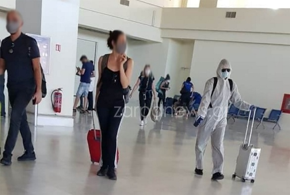 """Χανιά: Μπήκε στο αεροπλάνο και """"κούφανε"""" τους πάντες! (φωτο)"""