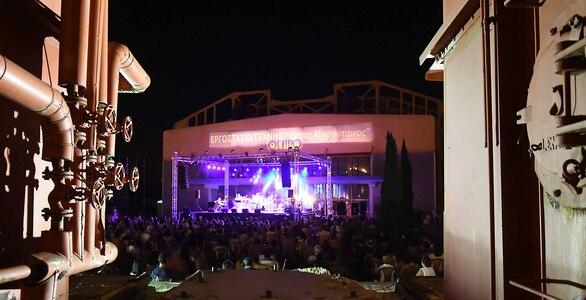 Μια μοναδική συναυλία για τον Θάνο Μικρούτσικο από την Πάτρα του! (φωτο)