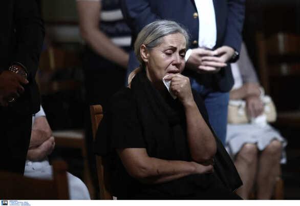 """Μάτι Αττικής: """"Ράγισαν"""" καρδιές στο μνημόσυνο (φωτο)"""