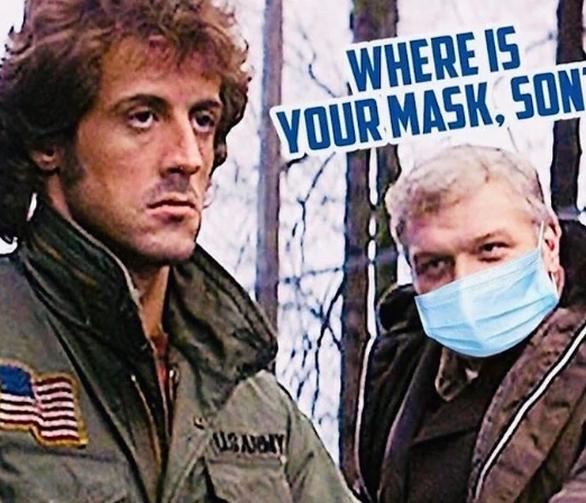Θύελλα αντιδράσεων με σχόλιο του Σιλβέστερ Σταλόνε για τη χρήση μάσκας