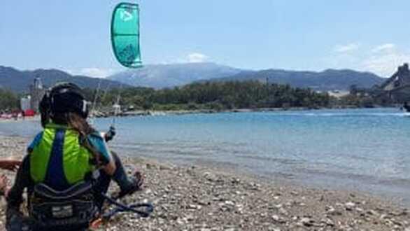 Kiteboarding: Ο ΙΑΣΩΝ σε χαμηλές πτήσεις