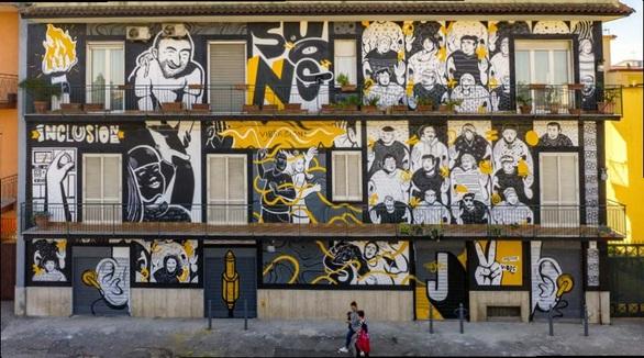 Το 5ο Διεθνές Street Art Φεστιβάλ ετοιμάζεται για τη 2η τοιχογραφία του στην Πάτρα!