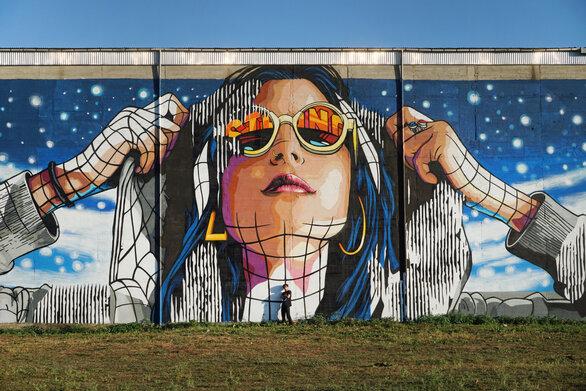 Η Πάτρα ετοιμάζεται να υποδεχτεί μια ακόμη εντυπωσιακή τοιχογραφία!