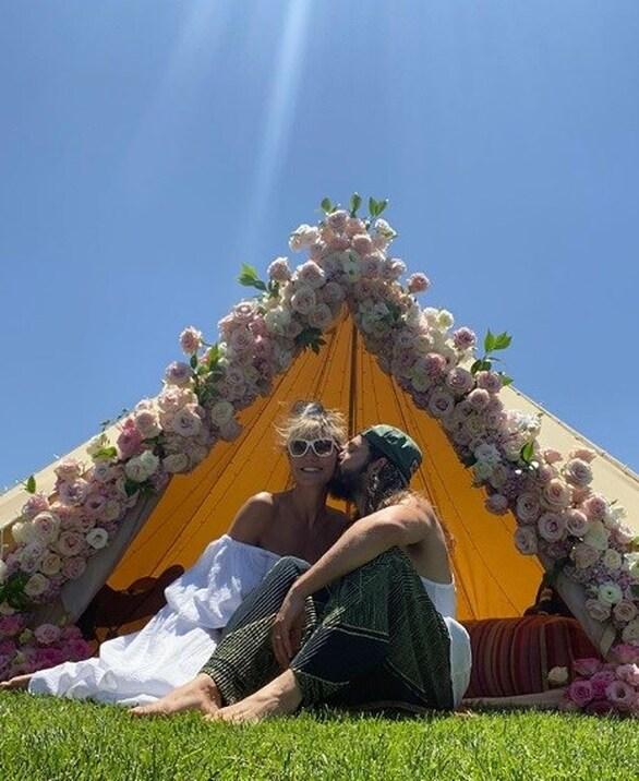 Η Heidi Klum γιορτάζει την πρώτη επέτειο του γάμου της (φωτο)