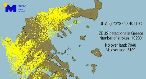 Πάνω από 10.000 κεραυνοί καταγράφηκαν στην Ελλάδα το Σάββατο