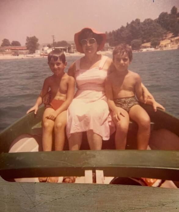 Εικόνες από το παρελθόν του Άρη Καβατζίκη!