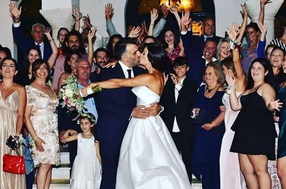 Η Μάρα Δαρμουσλή ανέβασε την πιο όμορφη φωτογραφία του γάμου της