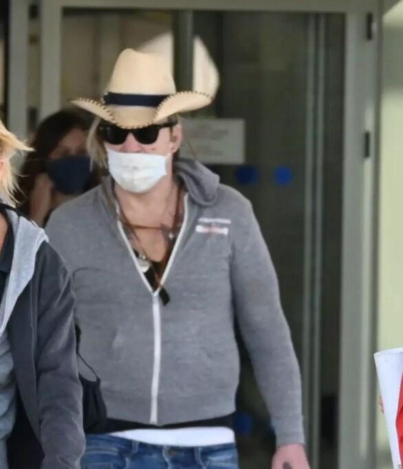 O Mickey Rourke έφτασε στην Αθήνα! (φωτο)