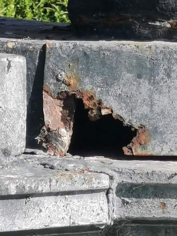 """Πάτρα: """"Σαπίζουν"""" από τη σκουριά τα σιντριβάνια της πλατείας Γεωργίου (φωτο)"""