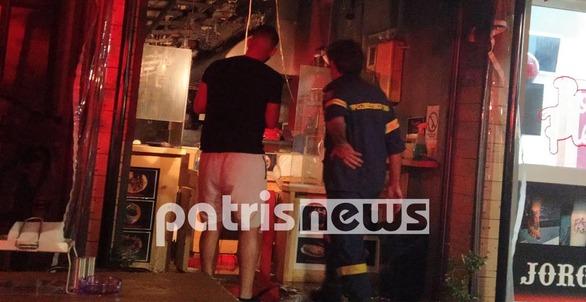 Αμαλιάδα: Φωτιά εκδηλώθηκε σε ψησταριά - Καταστράφηκε ολοσχερώς (φωτο)
