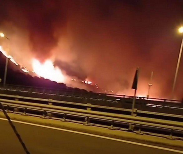 Πάτρα: Ξέσπασε φωτιά στα Συχαινά - Στο σημείο επιχειρεί η Πυροσβεστική (φωτο)