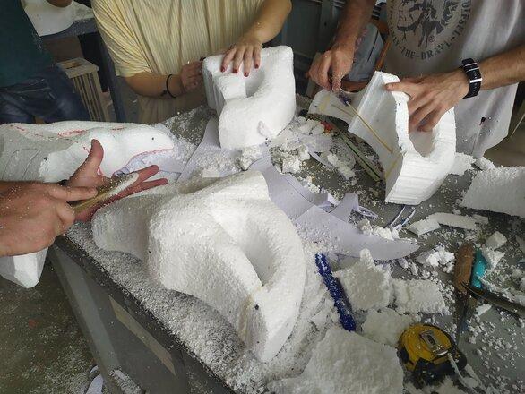 Πάτρα - Μια ξεχωριστή έκθεση καρναβαλικών αντικειμένων στην Αγορά Αργύρη (φωτο)
