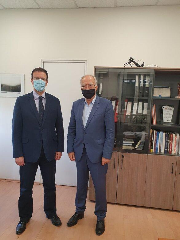 Ο Δήμαρχος Καλαβρύτων, Θανάσης Παπαδόπουλος με τον Διευθύνοντα Σύμβουλο της ΓΑΙΑΟΣΕ, Περικλή Νικολάου