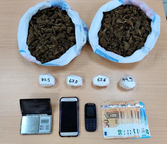 """""""Τσάκωσαν"""" διακινητή ναρκωτικών σε περιοχή του Πύργου (φωτο)"""