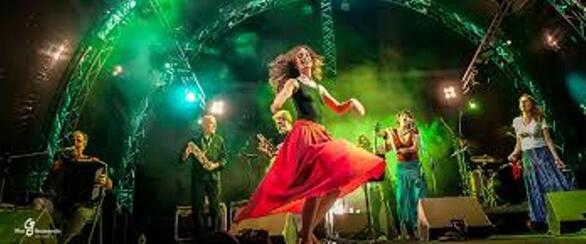 Με Encardia και Ταραντέλλες πέφτει η αυλαία του Καλοκαιρινού Φεστιβάλ Καρναβαλιού