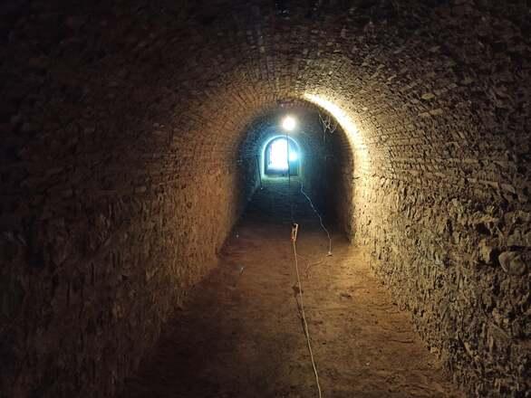Πάτρα: Το παλαιό πολεμικό καταφύγιο που πρέπει να γίνει ένας μουσειακός χώρος (φωτο)