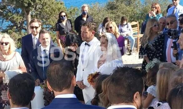Ελεονώρα Ζουγανέλη και Σπύρος Δημητρίου παντρεύτηκαν στις Σπέτσες (φωτο)