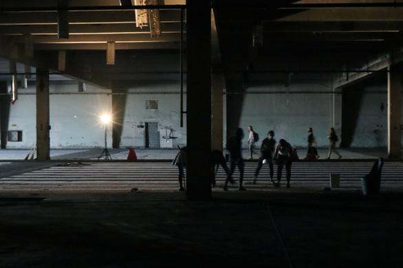 """Το ΔΗ.ΠΕ.ΘΕ. Πάτρας παρουσιάζει την εικαστική εγκατάσταση """"Νήματα μνήμης"""""""