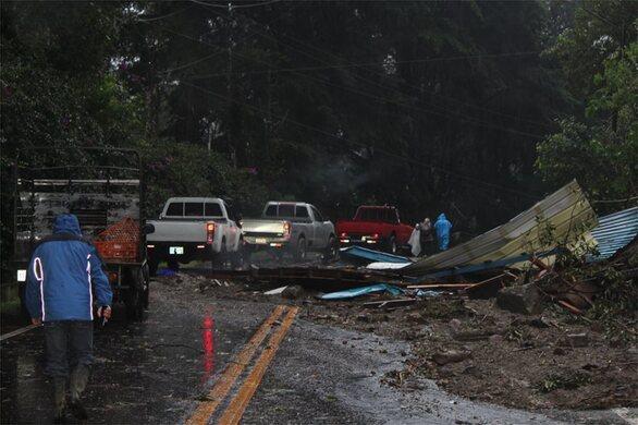 Κεντρική Αμερική: Πάνω από 70 νεκροί από τον τυφώνα Ήτα (φωτο)