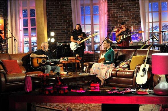 Ο Λάκης Παπαδόπουλος και η Μελίνα Ασλανίδου ανοίγουν το «Μουσικό κουτί» στην ΕΡΤ