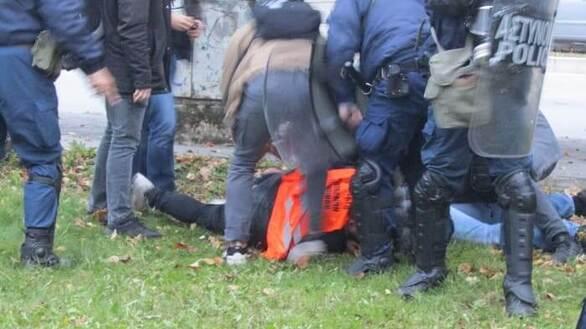 Ιωάννινα: Επεισόδια στο μνημείο του Πολυτεχνείου με μέλη συνδικάτων και φοιτητές