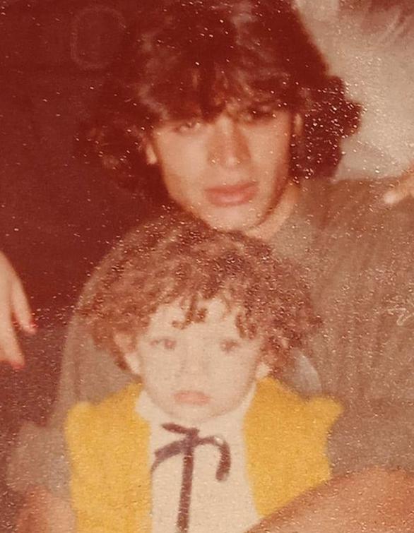 Ελισάβετ Μουτάφη: Η vintage φωτογραφία της από τα 80s
