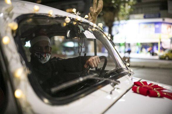 Θεσσαλονίκη: Σε... Ρούντολφ το ελαφάκι μεταμορφώθηκε ένα Zastava του 72