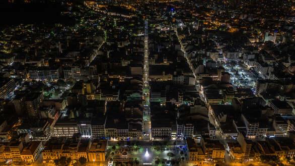 """Η """"καρδιά"""" της Πάτρας από ψηλά την Άγια Νύχτα των Χριστουγέννων (φωτο)"""