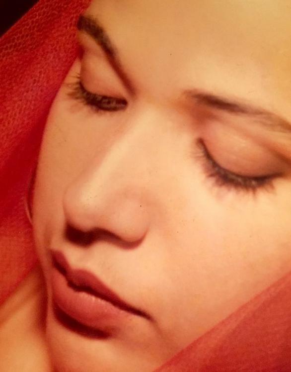 Η Χριστίνα Αλεξανιάν μοιράστηκε μια ρετρό φωτογραφία από τα 17 της