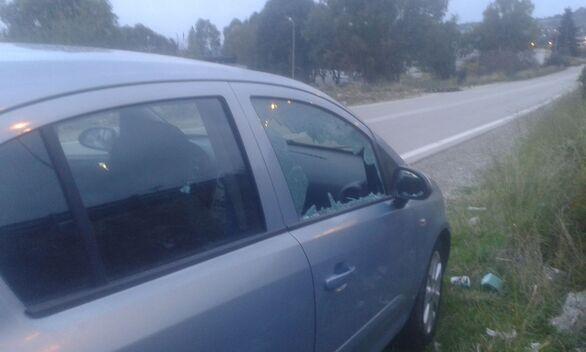 Πάτρα: Πάρκαρε το αμάξι της και το βρήκε με σπασμένο το τζάμι του παραθύρου (φωτο)