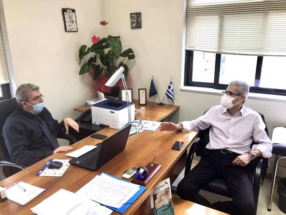 Συνάντηση του Άγγελου Τσιγκρή με τον συντονιστή του ΕΟΔΥ Δυτικής Ελλάδος (φωτο)