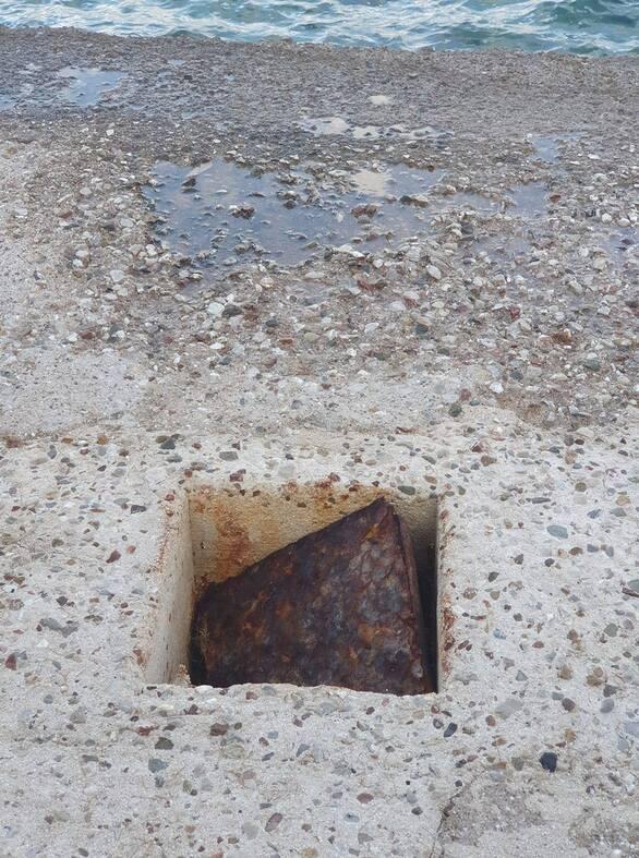 Πάτρα: Κρύβει «παγίδες» το παραλιακό πεζοδρόμιο στον Ψαθόπυργο (φωτό)